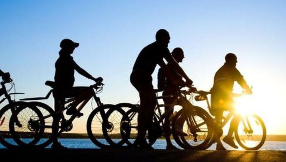 Arenales se prepara para su bicicleteada de Reyes • Diario Democracia