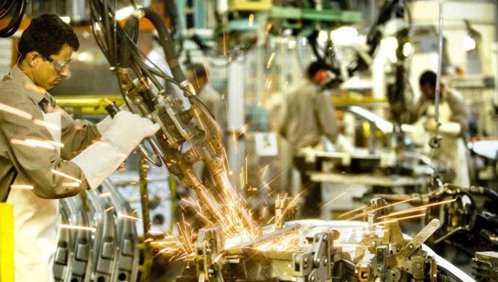 La actividad económica cayó un 4% en octubre