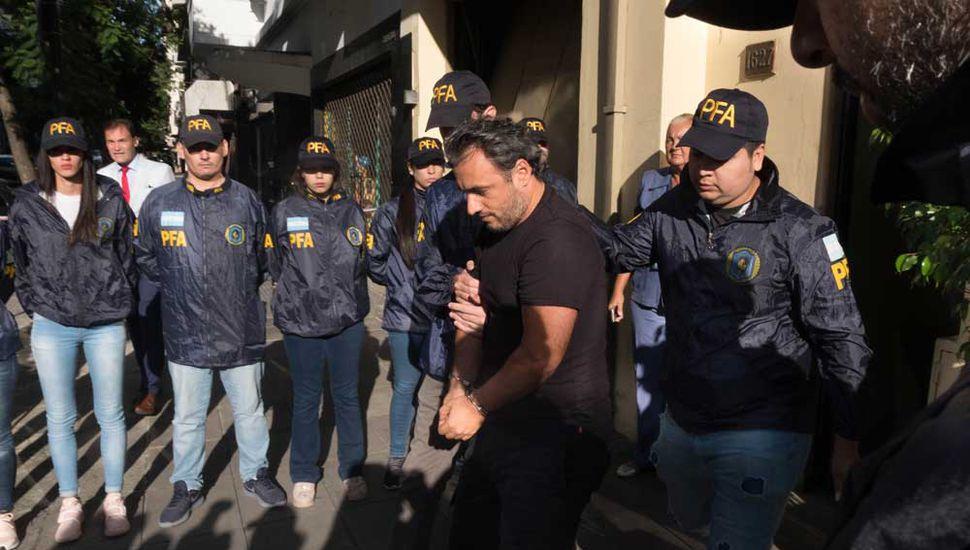 El ex secretario de Cristina Kirchner, Isidro Bounine, es trasladado a Comodoro Py.