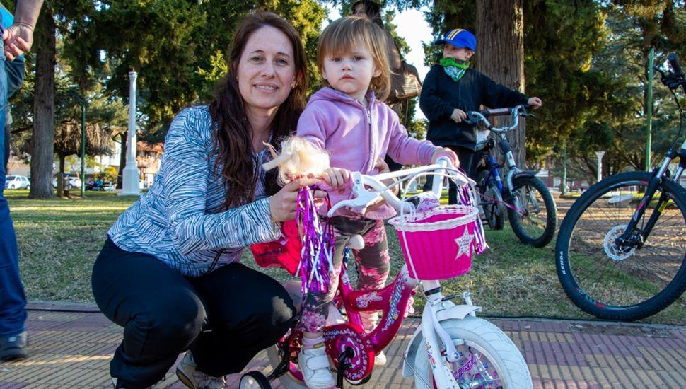 Calles Saludables: gran cantidad de chicos participó del sorteo de la bicicleta