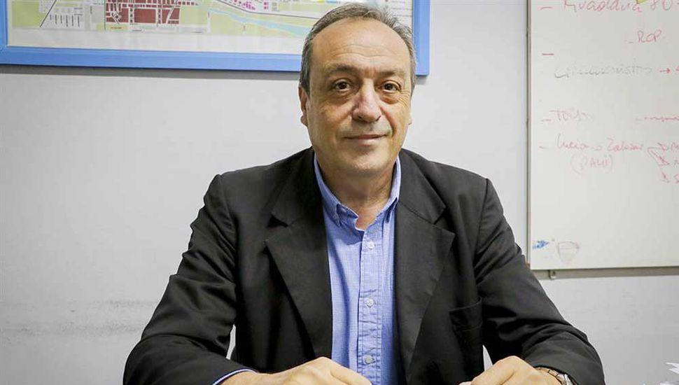 Dr. Carlos Lombardi, secretario de Salud.