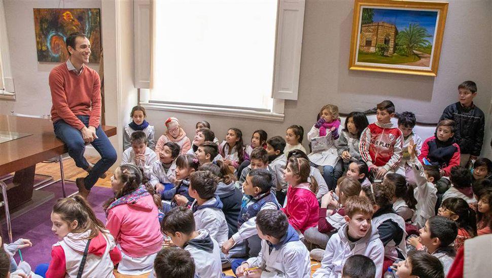 Los chicos visitaron al Intendente y conocieron el municipio y el Concejo Deliberante.