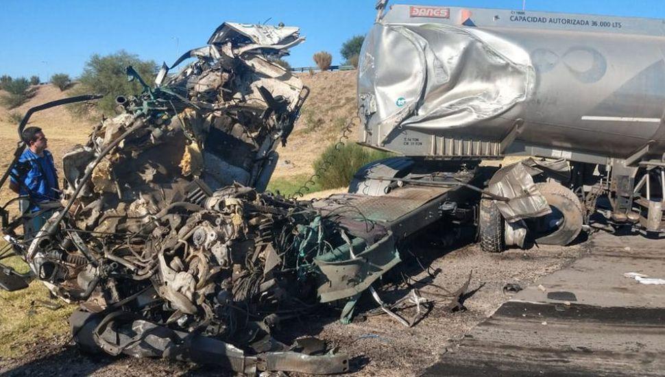 Un camionero de Junín murió en un accidente en la autopista de San Luis
