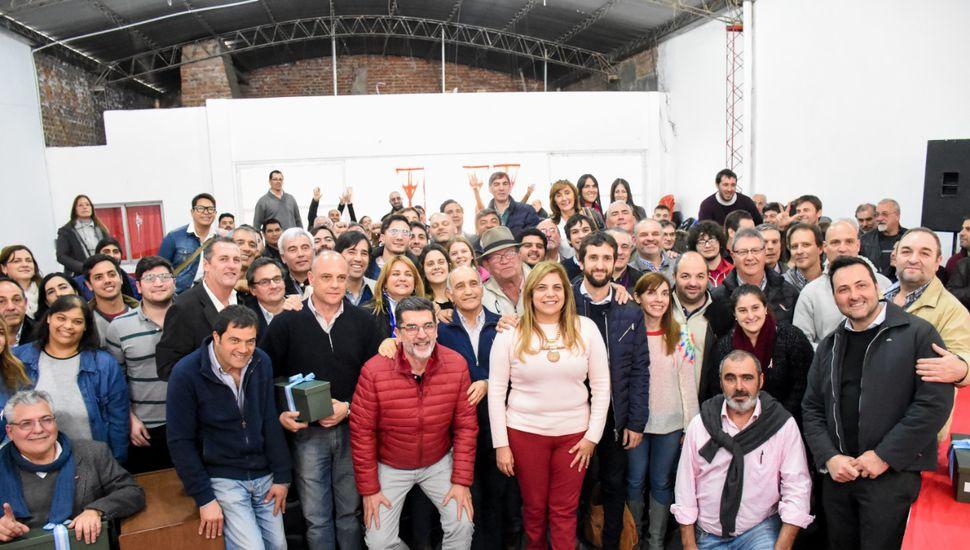 Aiola participó del encuentro de la UCR en Arenales