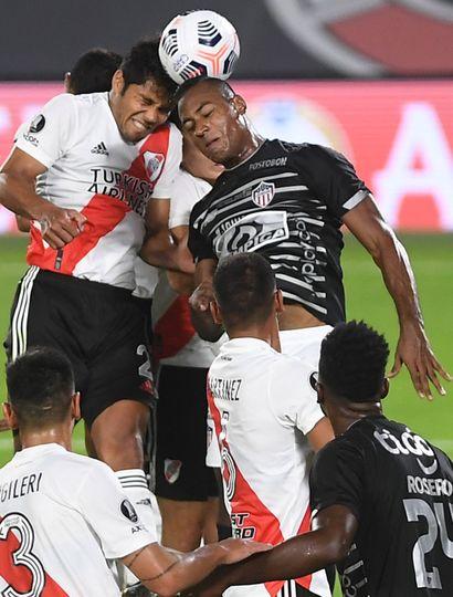 River Plate debió esforzarse para vencer con lo justo al Junior de Colombia.