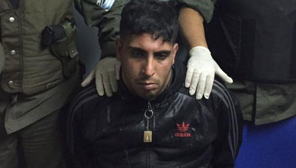 Quemaron con agua hirviendo al único detenido por un femicidio