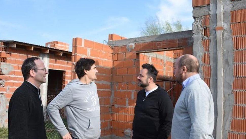 Avanzan las obras para la construcción de viviendas sociales