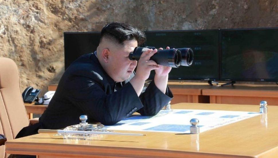 Líder norcoreano acusó al premier japonés