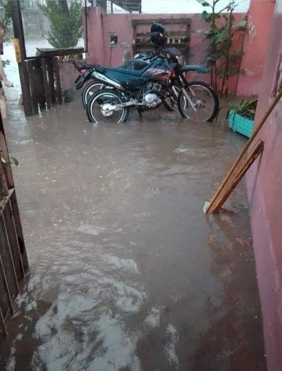 El temporal de lluvia en Junín provocó inundaciones de calles y viviendas