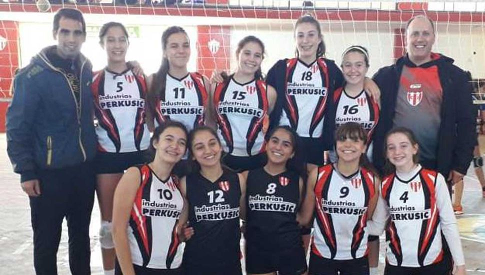 """El equipo """"A"""" del Club Junín se adjudicó el Prix Sub-15 jugado en el gimnasio de Rivadavia de Lincoln."""