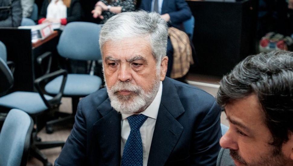 Anularon el procesamiento a De Vido en una causa por obras de Odebrecht
