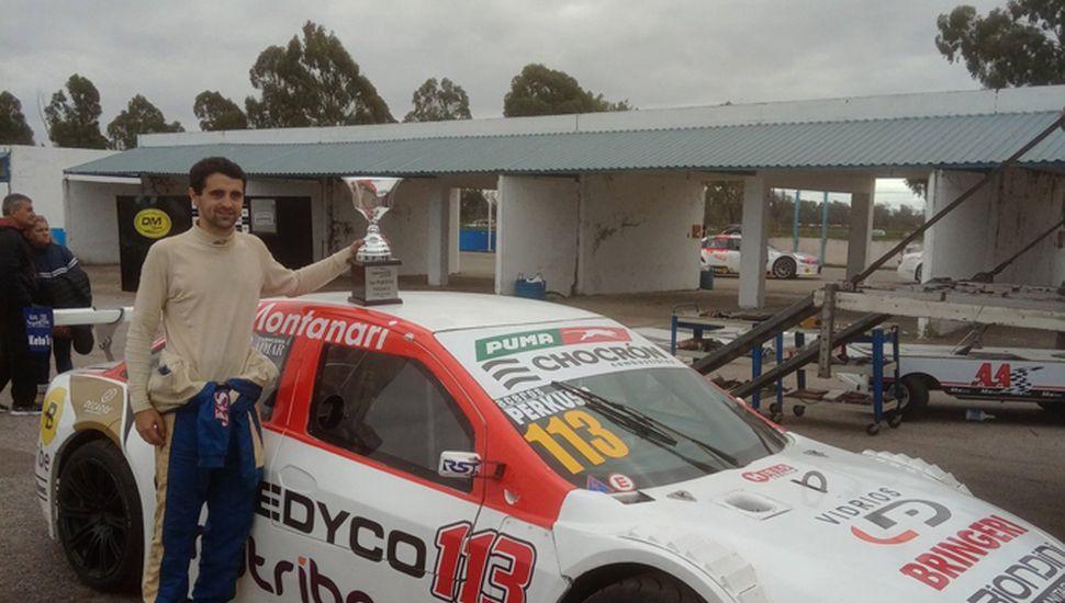 Lucas Gambarte logró un gran triunfo en el Top Race Junior.