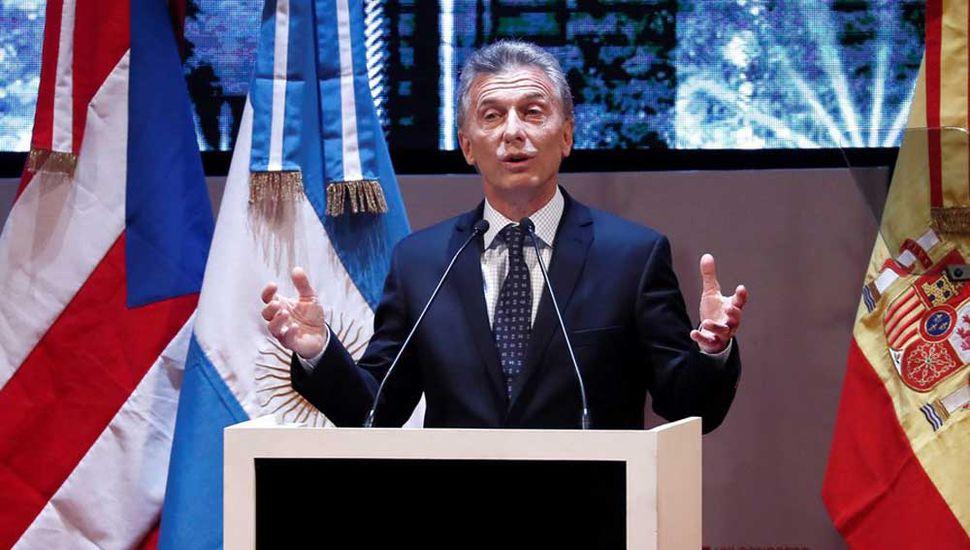 """Macri justificó la suba del dólar y le pidió a la gente: """"Tienen que aguantar"""""""