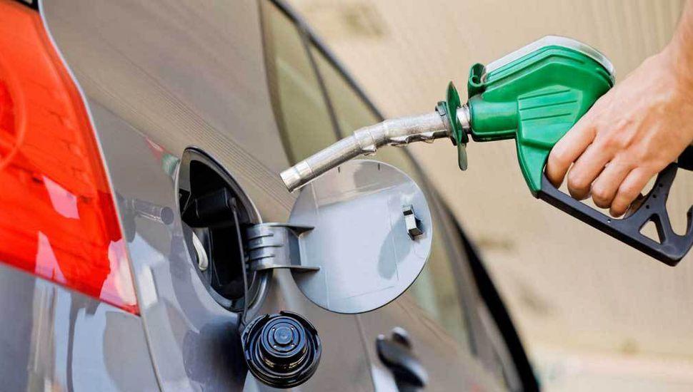 Cayeron las ventas de combustibles