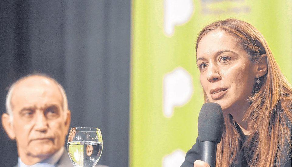 La mandataria provincial se hizo cargo de la derrota electoral.