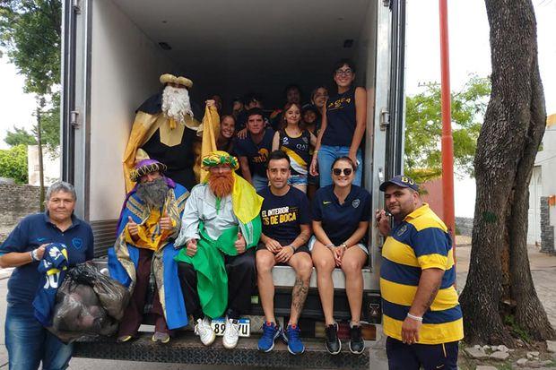 La peña de Boca Juniors en Junín entregó regalos  por el Día de Reyes