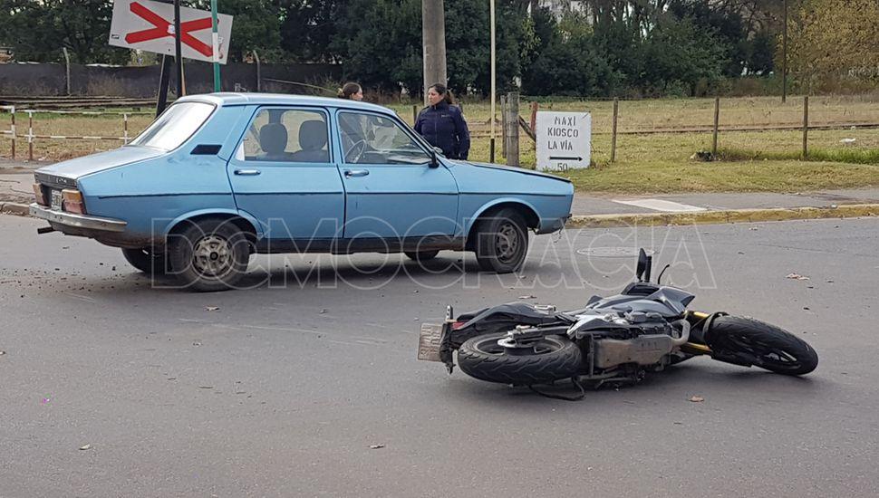 El motociclista fue trasladado al HIGA.
