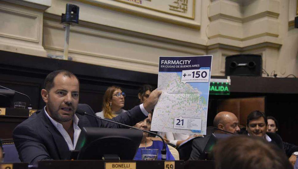 """Diputados aprobó la ley antifarmacity. """"Dimos un gran paso para frenar este atropello"""", dijo Bonelli."""