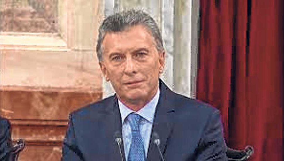 Macri va al G20, Francia e Indonesia