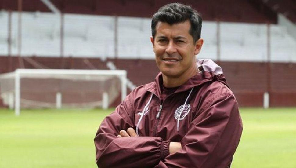 "Jorge Almirón avisa:  ""A River no le será fácil superar a Lanús"""