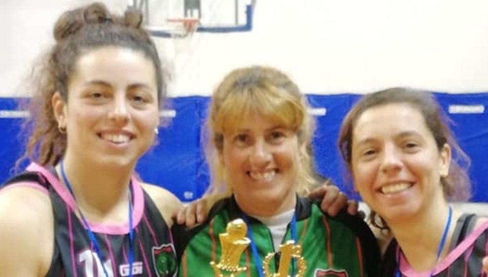 Rocío Peralta, Sandra Ibarra y Florencia Alderisi.