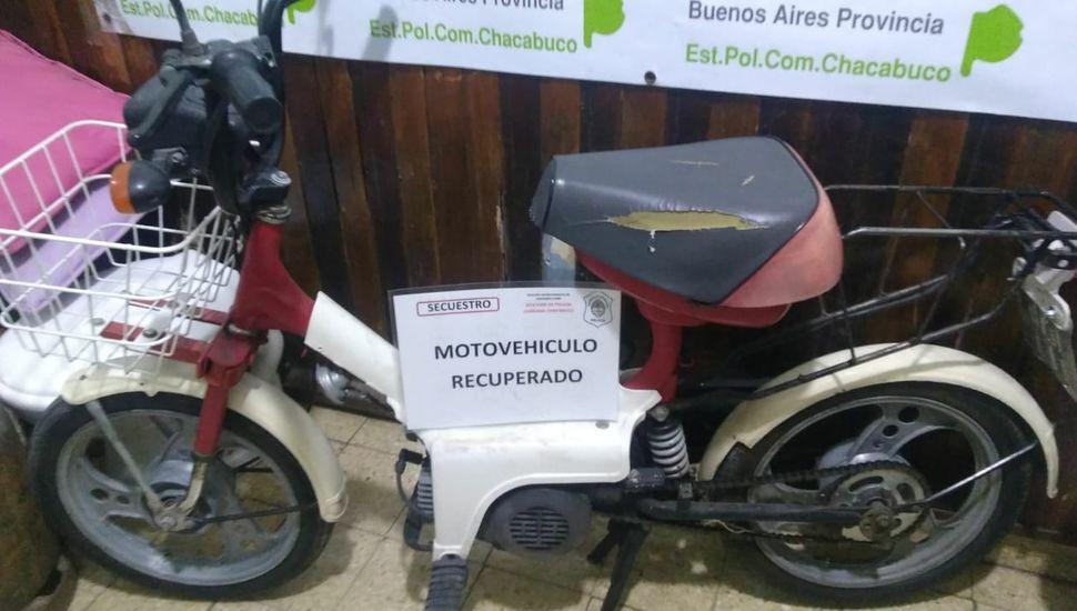 Un aprehendido por circular en una moto con pedido de secuestro