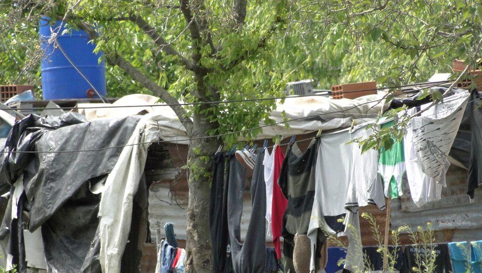 Mientras crecen los asentamientos en la Ciudad, la agrupación solidaria Don Ito impulsa un proyecto de autoconstrucción de viviendas.