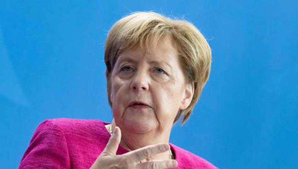 Merkel condena con firmeza el creciente clima de violencia xenófoba en Alemania