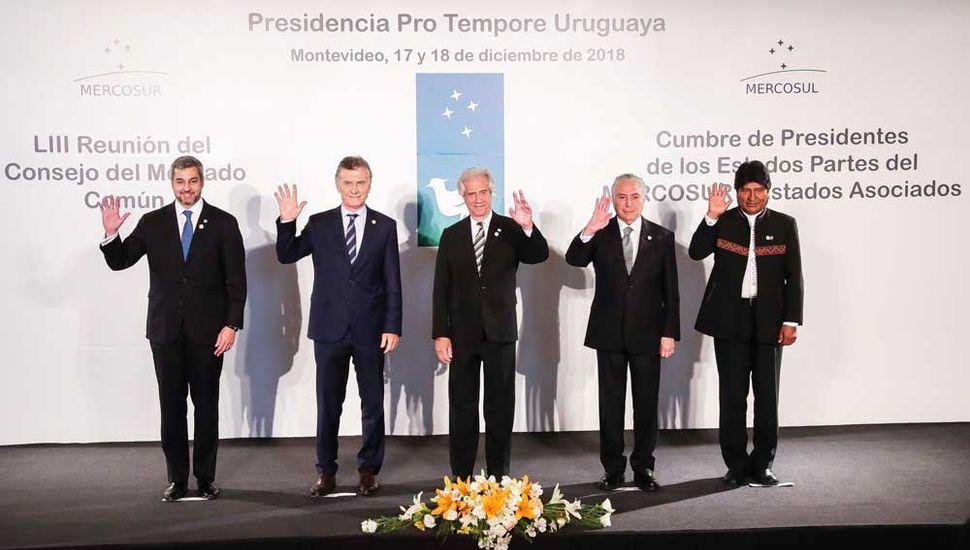 Macri contra Maduro al asumir en el Mercosur