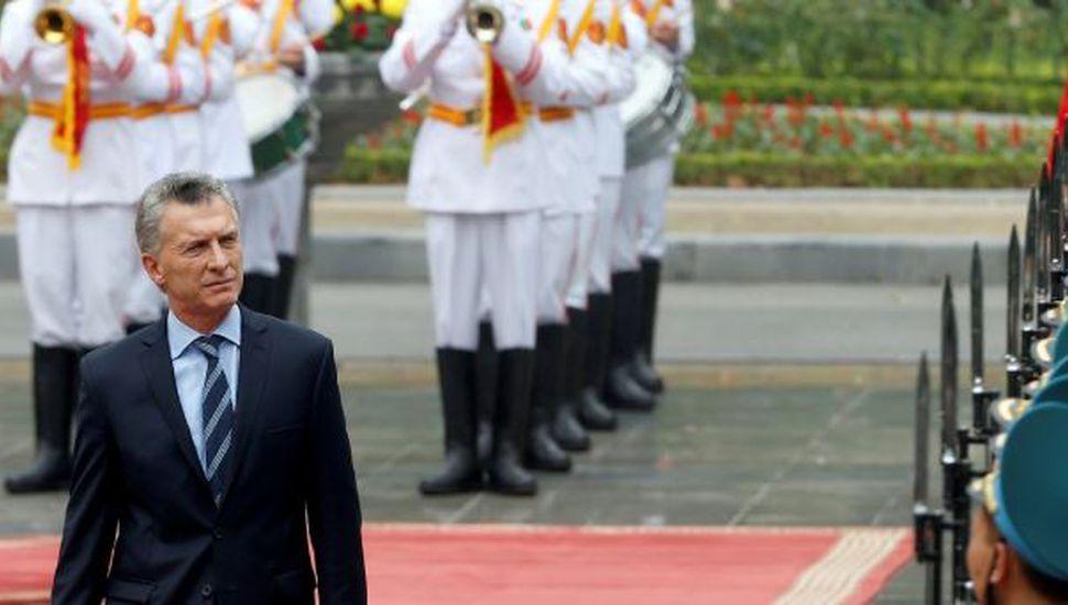 Mauricio Macri llegó a Emiratos Arabes, la última parada de su visita por Asia