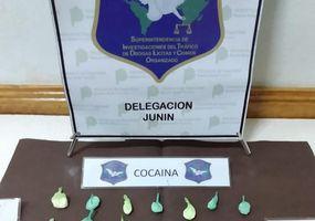"""Desarticularon dos """"kioscos"""" de venta de cocaína en Junín"""