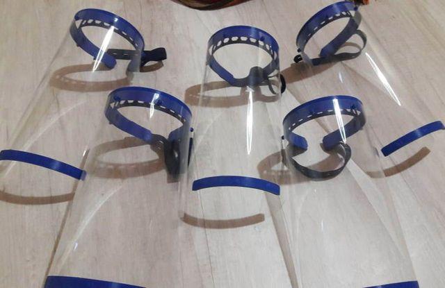 Los protectores faciales computarizados en 3D.