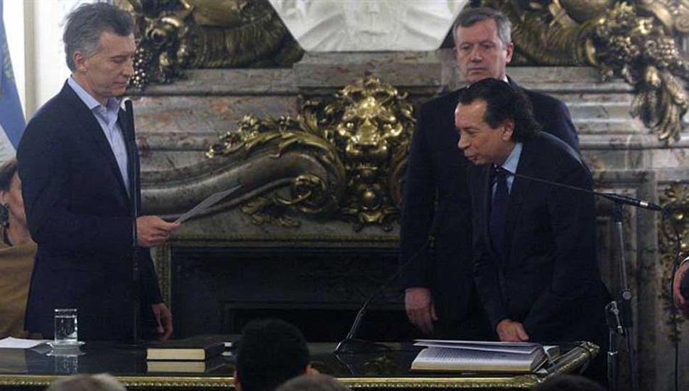 Macri tomó juramento a Javier Iguacel y a Dante Sica