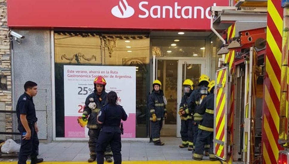 Principio de incendio en un cajero automático de Rojas