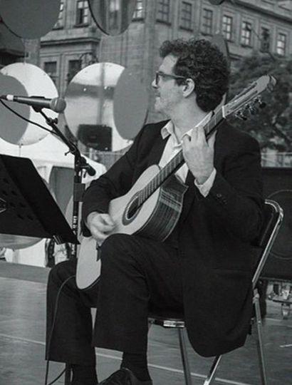 Damián Tuso dirige De Retache, el cuarteto de tango que creó en 2014.