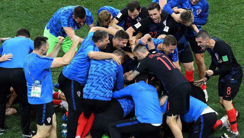 Croacia superó a Dinamarca en la definición por penales
