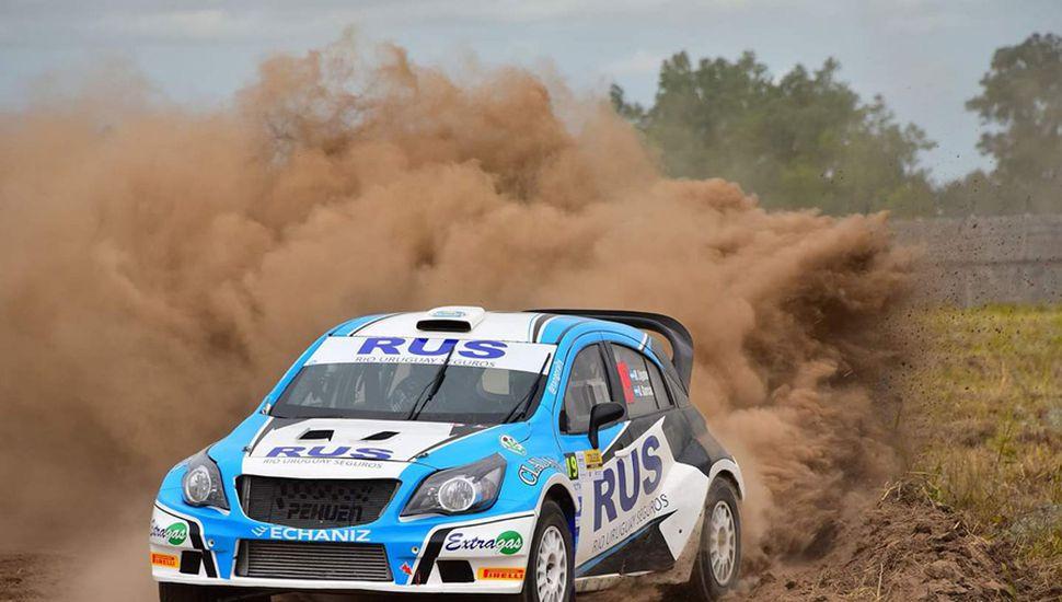 Marcos Ligato ganó con el Chevrolet Agile MR del equipo Tango el Rally de Toledo.