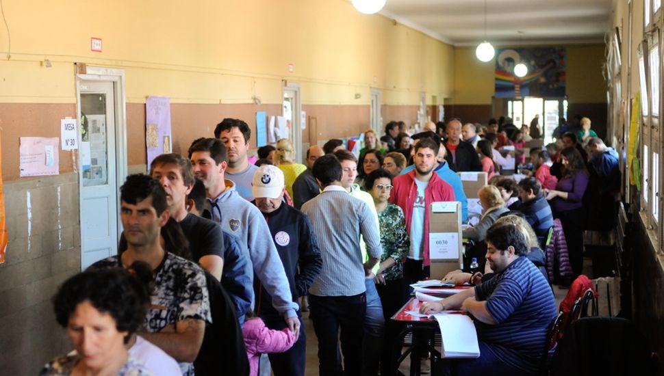 El nivel de concurrencia a las urnas será una de las claves que definirán las elecciones que se desarrollan hoy.