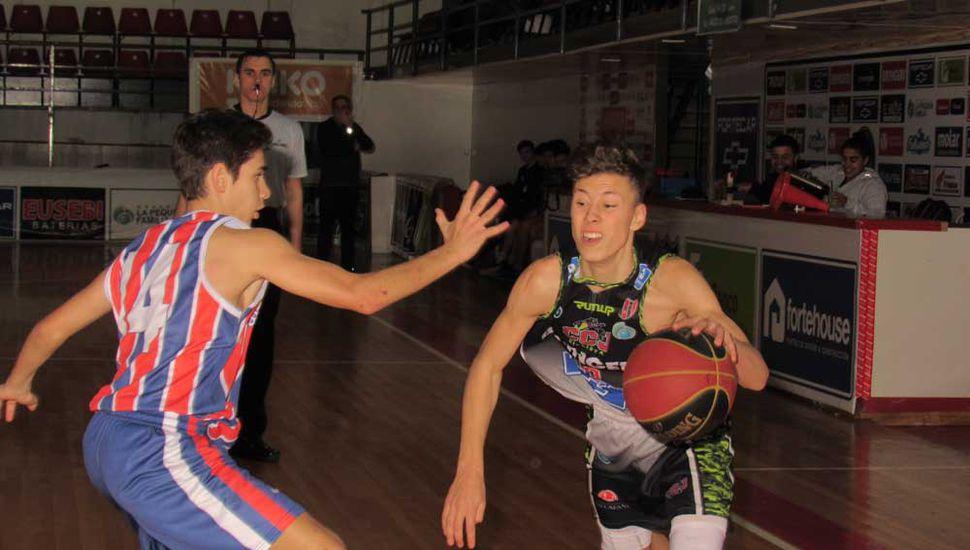 Silvano Merlo enfrenta a Juan Avena.