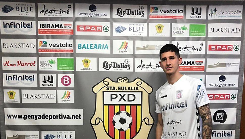 Santiago Rosa fue presentado por el Club Peña Deportiva.