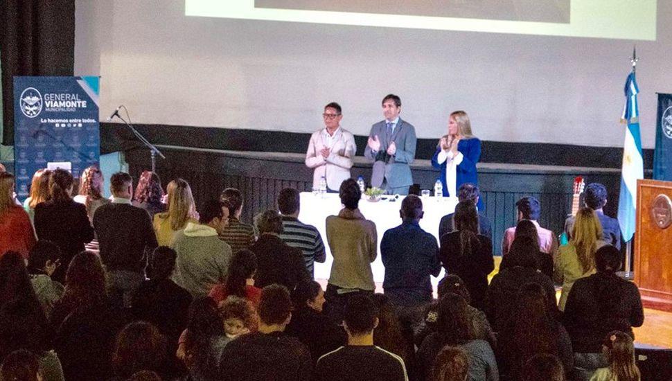 Presentaron la Escuela Municipal de Música en Viamonte