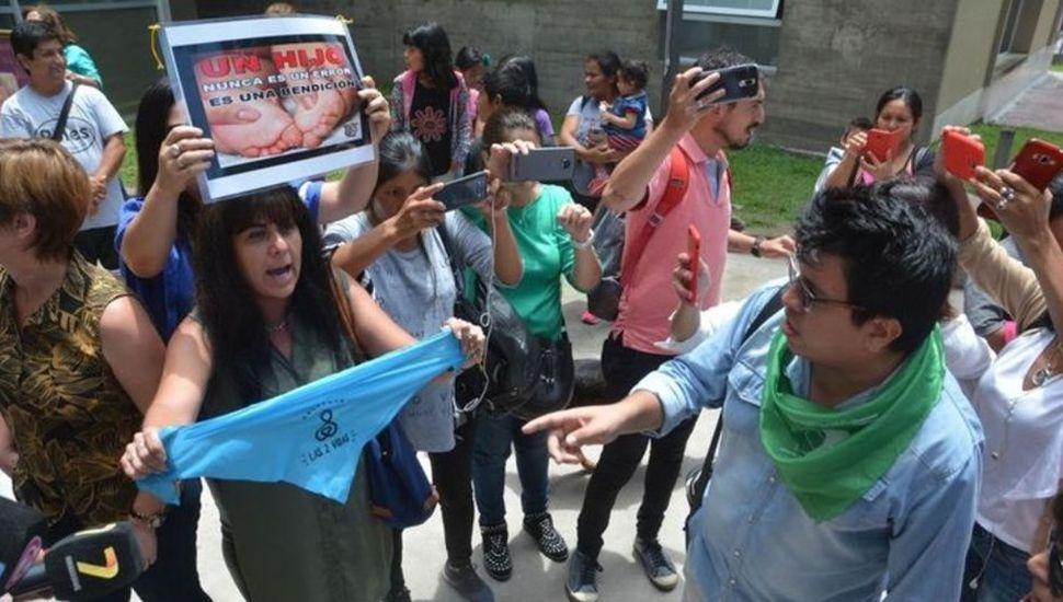 """Darán en adopción la beba de la nena violada en Jujuy: """"No tendrá contacto con la madre"""""""