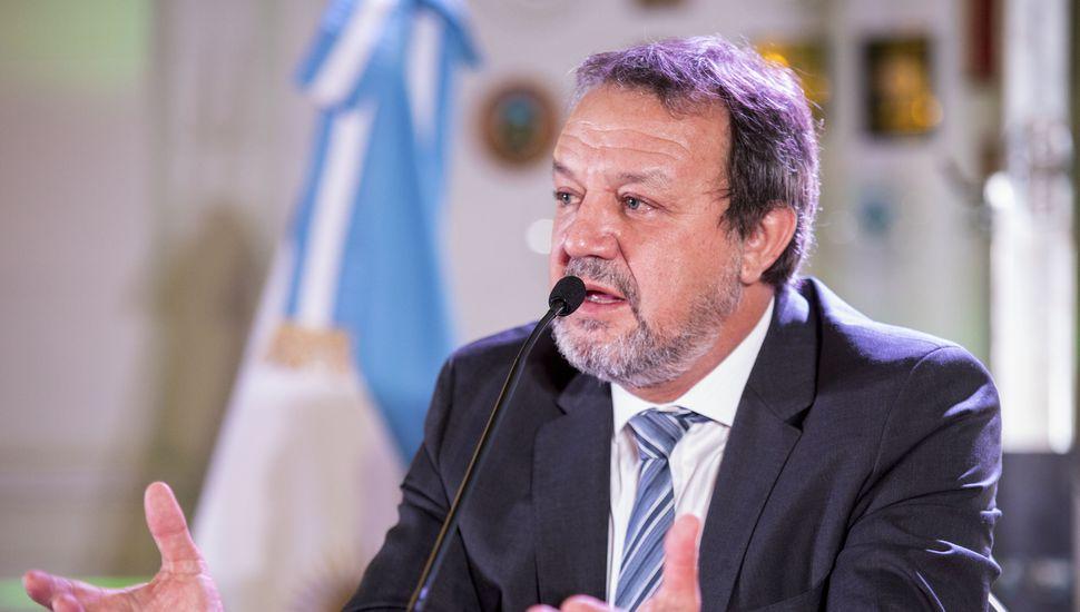 Roberto Costa destacó mejoras en programas sociales