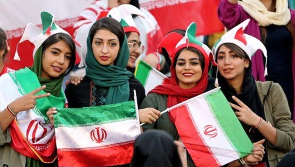 Las mujeres pudieron ir a la cancha en Irán
