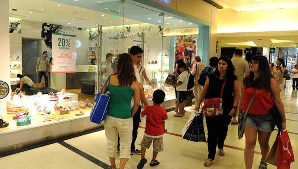 Las ventas subieron en los shoppings