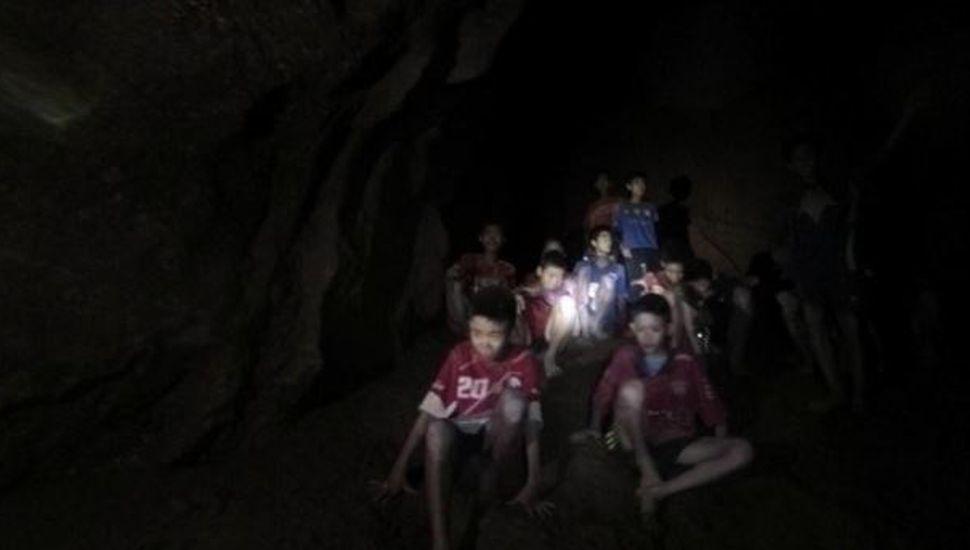 La historia de los chicos tailandeses atrapados por 18 días en una cueva llega a Hollywood