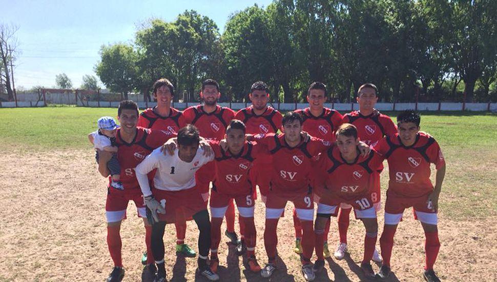 Formación de Independiente (J) que ayer le ganó al Tricolor.