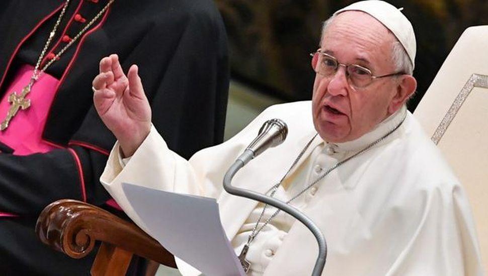 """Abusos en Chile: el Papa pidió ser """"diligentes"""""""