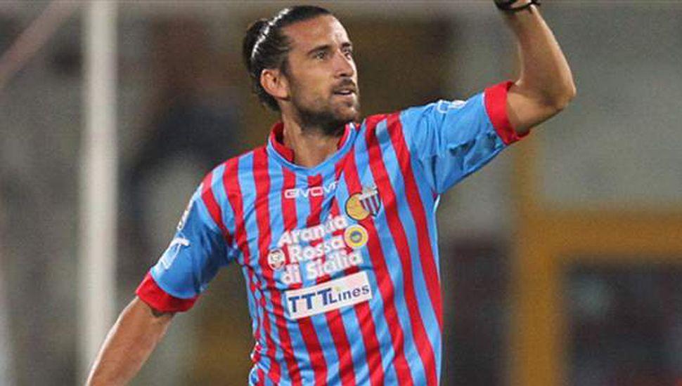El argentino Spolli, con lesión de rodilla, corre riesgo de estar inactivo en el Genoa durante seis meses