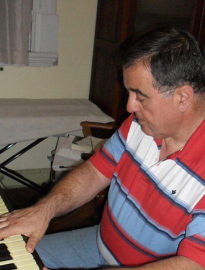 Oreste Lapadula presentará su orquesta en el Club Social.